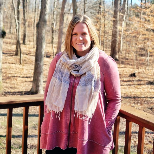 Profile Pic at MeghanTucker.com
